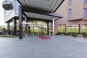 hotel entrance 2
